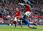 Tom Davies of Everton dives in to head the ball despite Eric Bailly of Manchester United during the premier league match at the Old Trafford Stadium, Manchester. Picture date 17th September 2017. Picture credit should read: Simon Bellis/Sportimage