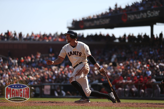 SAN FRANCISCO - SEPTEMBER 27:  Hunter Pence of the San Francisco Giants bats during the game against the Arizona Diamondbacks at AT&T Park on September 27, 2012 in San Francisco, California. (Photo by Brad Mangin)