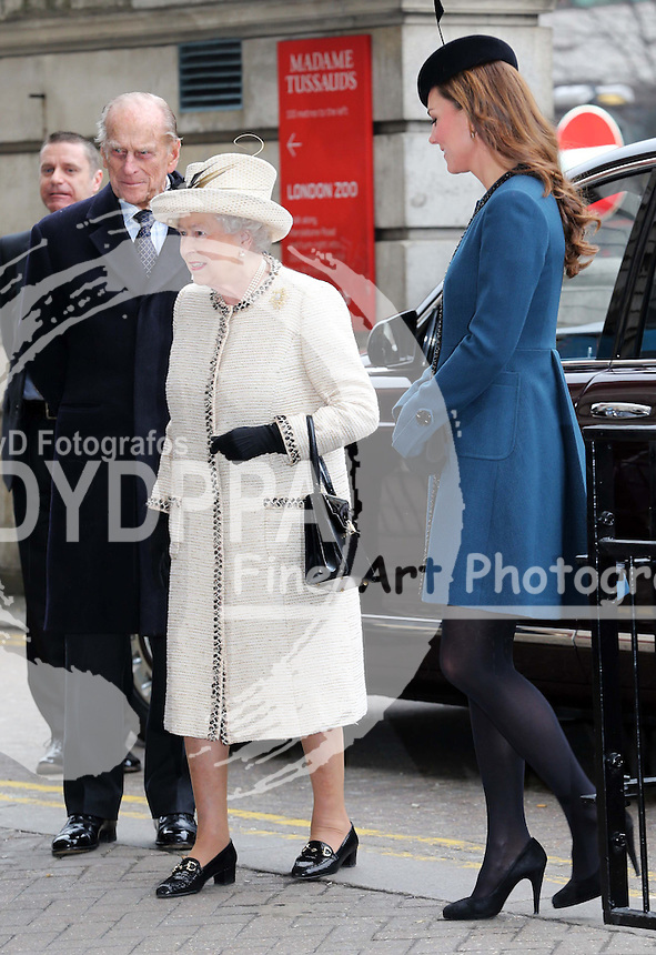 The Queen, Duke of Edinburgh and Duchess of Cambridge  arriving at Baker Street tube station in London, as part of the London Underground's 150th anniversary , Wednesday, 20th  March 2013.  Photo by: Stephen Lock / i-Images / DyD Fotografos