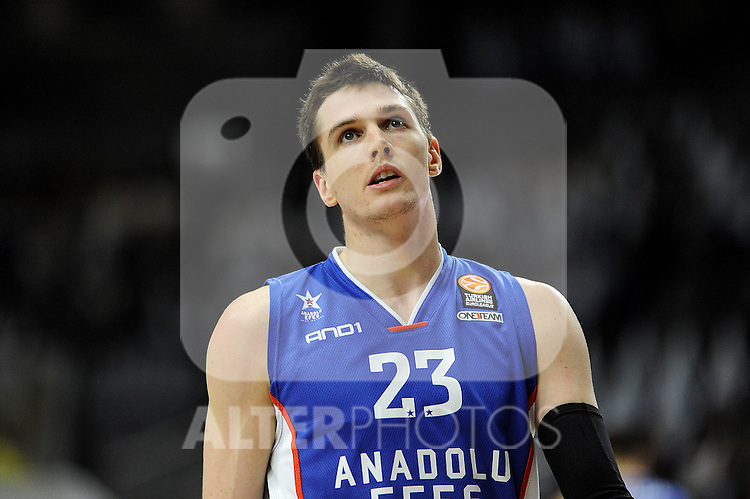 Anadolu Efes´s Matt Janning during 2014-15 Euroleague Basketball Playoffs match between Real Madrid and Anadolu Efes at Palacio de los Deportes stadium in Madrid, Spain. April 15, 2015. (ALTERPHOTOS/Luis Fernandez)