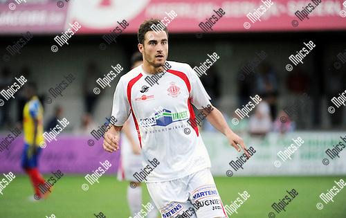 2015-08-26 / Voetbal / Seizoen 2015-2016 / Hoogstraten VV / Roy Mauro<br /><br />Foto: Mpics.be