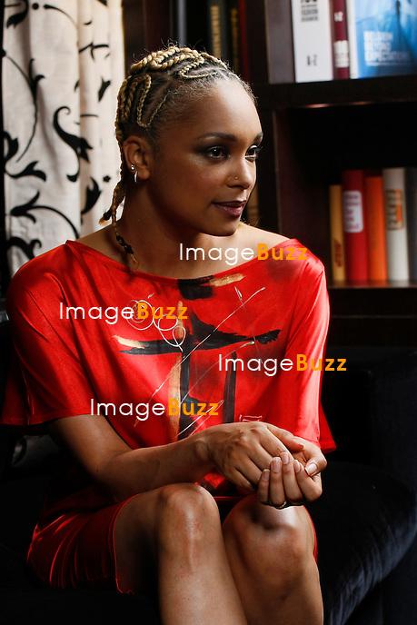 Tatiana Raway, mannequin belge, séquestrée en Libye par Kadhafi..Photos exclusives!