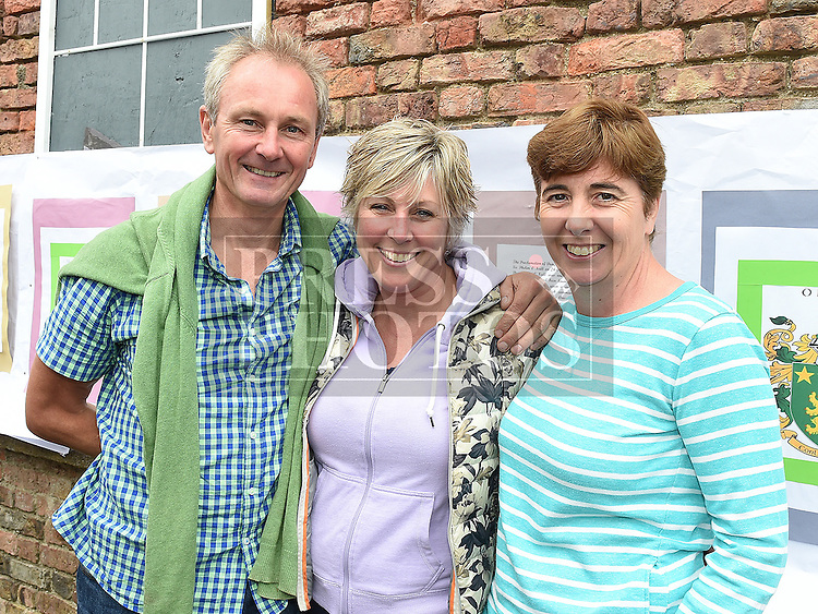 Aidan Ringrose, Amanda Manning and Grainne Cronin pictured at the 'Battle of Julianstown' play at Sonairte in Laytown. Photo:Colin Bell/pressphotos.ie