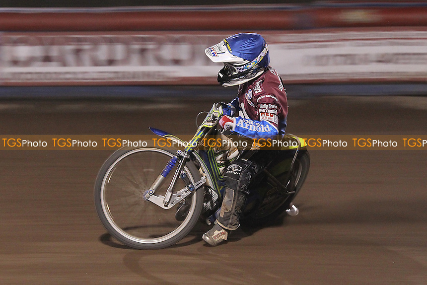 Heat 11: Justin Sedgmen of Lakeside - Lakeside Hammers vs Eastbourne Eagles - Sky Sports Elite League Speedway at Arena Essex Raceway, Purfleet - 17/08/12 - MANDATORY CREDIT: Gavin Ellis/TGSPHOTO - Self billing applies where appropriate - 0845 094 6026 - contact@tgsphoto.co.uk - NO UNPAID USE.