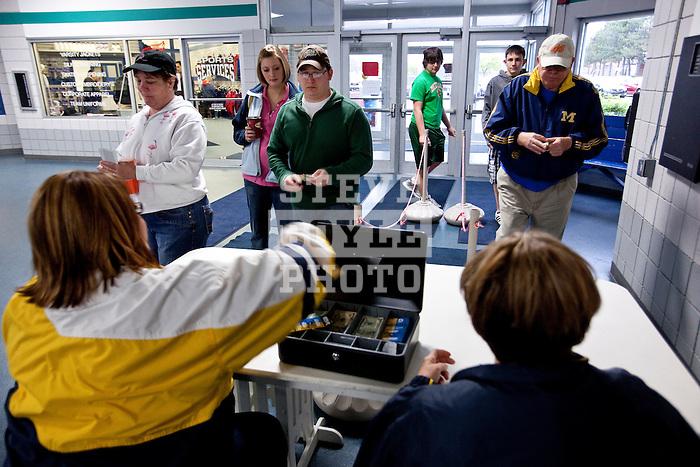 Gatorade REPLAY Season 2..2010 © Steve Boyle