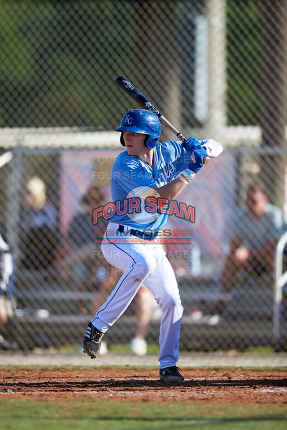 Robert Hassell III during the WWBA World Championship at the Roger Dean Complex on October 21, 2018 in Jupiter, Florida.  Robert Hassell III is an outfielder from Franklin, Tennessee who attends Independence High School and is committed to Vanderbilt.  (Mike Janes/Four Seam Images)