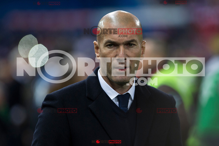 Real Madrid's coach Zinedine Zidane during the match of La Liga between Atletico de Madrid and Real Madrid at Vicente Calderon Stadium  in Madrid , Spain. November 19, 2016. (ALTERPHOTOS/Rodrigo Jimenez) /NORTEPHOTO.COM
