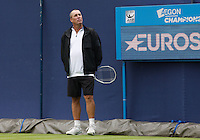 Ivan Lendl watches Andy Murray practicing at Aegon Queens Tennis Championship June 17, 2016 in London England.<br /> CAP/GOL<br /> &copy;GOL/Capital Pictures /MediaPunch ****NORTH AND SOUTH AMERICAS ONLY***