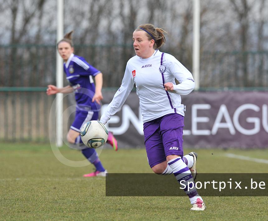 RSC Anderlecht Dames - Beerschot : Lucinda Michez.foto DAVID CATRY / Vrouwenteam.be