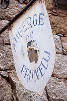 France/2A/Corse du Sud/Pisciatello: Enseigne de l'Auberge du Prunelli