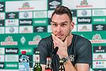 20190220 Jiri Pavlenka (Werder Bremen #01) Mixedzone