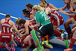 ENG - London, England, August 30: Team of England celebrates after winning the women Gold Medal Match between England (red) and The Netherlands (white) on August 30, 2015 at Lee Valley Hockey and Tennis Centre, Queen Elizabeth Olympic Park in London, England. Final score 2-2 (3-1 SO). (Photo by Dirk Markgraf / www.265-images.com) *** Local caption ***