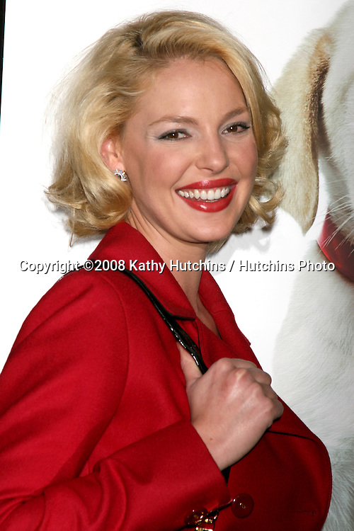 """Katherine Heigl arriving at the """"Marley & Me"""" World Premiere at the Mann's Village Theater  in Westwood, CA  on December 11, 2008.©2008 Kathy Hutchins / Hutchins Photo....                ."""
