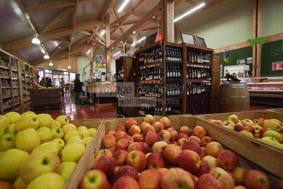 Europe/France/Poitou-Charentes/79/Deux-Sèvres/Niort: Neuf producteurs fermiers se sont associés pour créer ce magasin: Plaisirs fermiers, rue Vaucanson