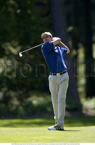 JUSTIN ROSE (ENG), plays from the the 5th fairway, Victor Chandler British Masters, The Marquess Course, Woburn, 020601. Photo: Glyn Kirk/Action Plus....2002.ball sports.golf golfer golfers
