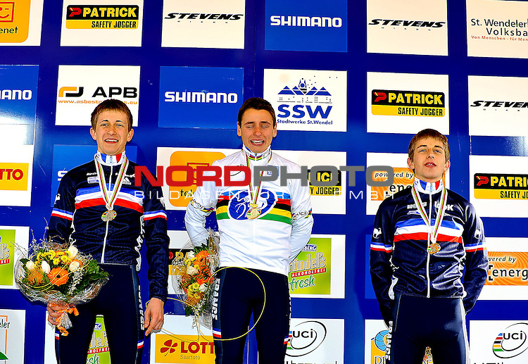 ( L to R) French DOUBEY Fabien ( 2nd ), French VENTURINI Clment winner and French DOUBEY Loic on the podium of the junior  Cyclo Cross World Championships in Sankt-Wendel, Germany. Saterday Jan. 29, 2011. ( Foto © nph / / Laurent Dubrule )