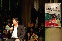 SAO PAULO, SP, 15.05.2015 - HADDAD-SP - O prefeito Fernando Haddad durante de debate com alunos da faculdade da PUC-SP, sobre o direito a cidade no Teatro Tucarena do Campus da PUC no bairro de Perdizes na região oeste de São Paulo nessa quinta-feira, 14. (Foto: Gabriel Soares/ Brazil Photo Press)