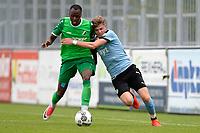 RODINGHAUSEN, Voetbal, Rodinghausen - FC Groningen, voorbereiding  seizoen 2017-2018, 15-07-2017, FC Groningen speler Django Warmerdam met Kelvin Lunga