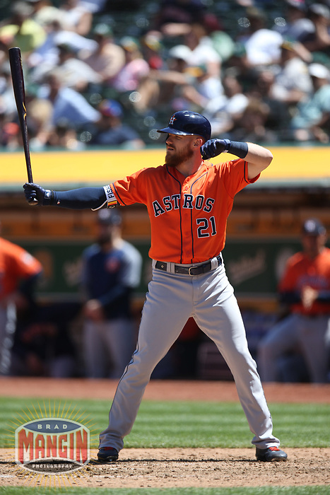 OAKLAND, CA - MAY 9:  Derek Fisher #21 of the Houston Astros bats against the Oakland Athletics during the game at the Oakland Coliseum on Wednesday, May 9, 2018 in Oakland, California. (Photo by Brad Mangin)