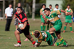 Arron Angareu bursts past Peter Serfontein & Nau Tapui. Counties Manukau Premier Club Rugby Game of the Week between Drury & Papakura, played at Drury Domain on Saturday Aprill 11th, 2009..Drury won 35 - 3 after leading 15 - 5 at halftime.