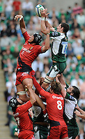 Twickenham, GREAT BRITAIN, Exiles' Declan DANAHER, delects the line out ball, challenged by Patrico ALBACETE, during the Heineken, Semi Final, Cup Rugby Match,  London Irish vs Toulouse, at the Twickenham Stadium on Sat 26.04.2008 [Photo, Peter Spurrier/Intersport-images]