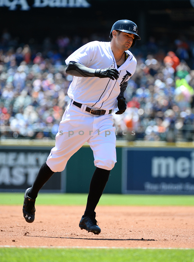 Detroit Tigers Nick Castellanos (9) during a game against the Toronto Blue Jays on June 8, 2016 at Comerica Park in Detroit MI. The Blue Jays beat the Tigers 7-2.