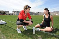 SCHAATSEN: EILAT (ISR): Trainingskamp Team Op=Op Voordeelshop, 17-01-2012, trainer/coach Renate Groenewold, Lisette van der Geest, ©foto Martin de Jong