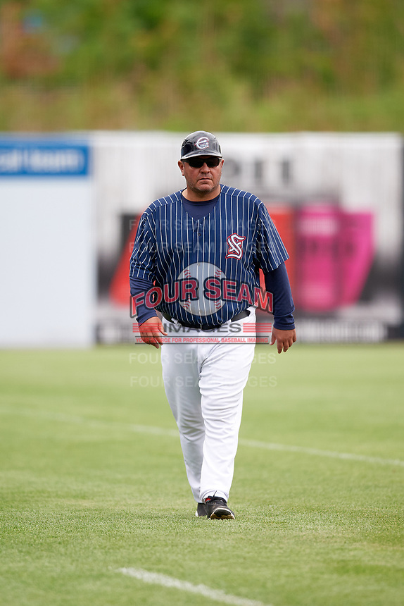 Syracuse Chiefs manager Randy Knorr (40) during a game against the Lehigh Valley IronPigs on May 20, 2018 at NBT Bank Stadium in Syracuse, New York.  Lehigh Valley defeated Syracuse 5-2.  (Mike Janes/Four Seam Images)