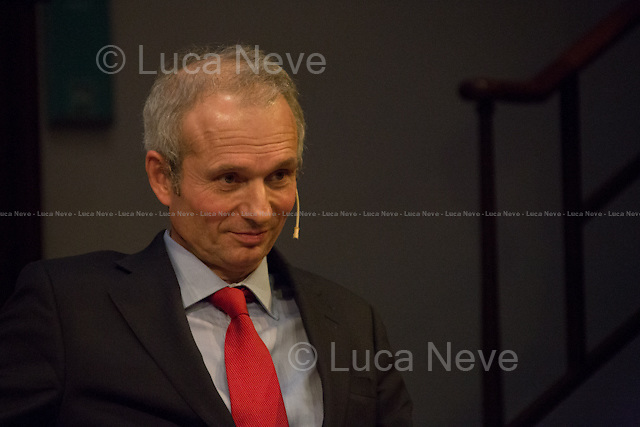 David Lidington. <br /> <br /> London, 06/02/2014. Today, the 44th &quot;Citizens' Dialogue&quot; took place at The Royal Institution (RI) in London hosted by Viviane Reding (Luxembourg politician, currently serving as the European Commission Vice-President and European Commissioner for Justice, Fundamental Rights and Citizenship; member of the European People's Party, EPP) and David Lidington (British Minister for Europe; member of the Conservative Party). About 400 people, moderated by Financial Times Political Editor George Parker, discussed with the two politicians about the future of Europe, citizens' rights, the recovery from the economic crisis, present and future of the UK inside the European Union.<br /> <br /> For more information and for the video of the event please click here: http://bit.ly/19boyhd