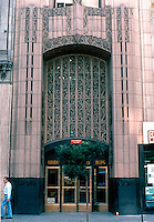 Los Angeles: Ninth & Broadway Building, 850 S. Broadway. Claude Beelman 1929. Photo '89.