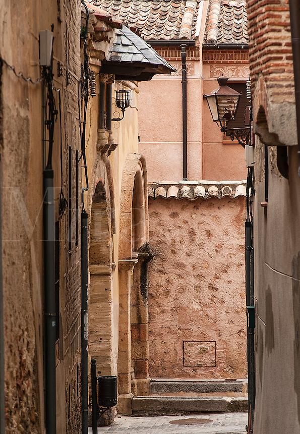 Narrow alley street, Segovia, Spain