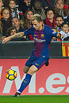 Ivan Rakitic of FC Barcelona runs with the ball during the La Liga 2017-18 match between Valencia CF and FC Barcelona at Estadio de Mestalla on November 26 2017 in Valencia, Spain. Photo by Maria Jose Segovia Carmona / Power Sport Images