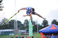 NK Fierljeppen Linschoten 270811.Bart Helmholt zijn topsprong van 21.51m.©foto Martin de Jong FIERLJEPPEN: FRYSLÂN: Historie, ©foto Martin de Jong