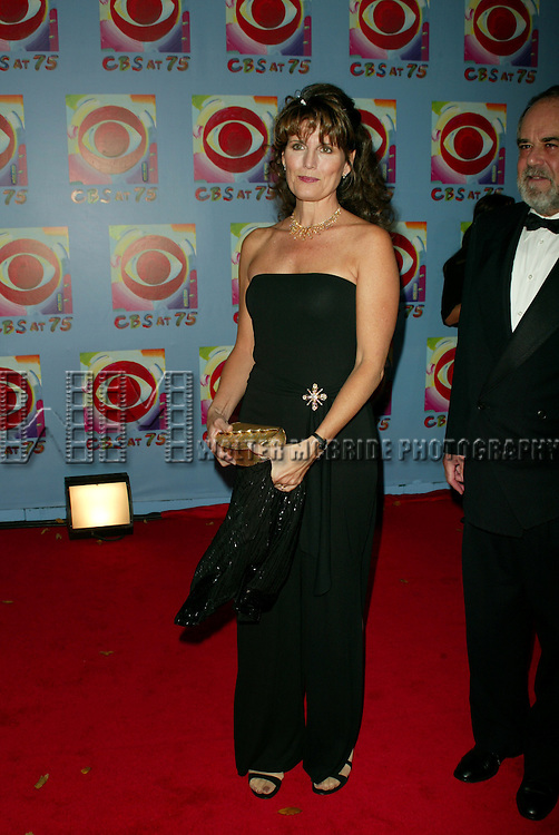 Lucie Arnaz and Laurence Luckinbill. Attending    CBS AT 75, a three hour entertainment extravaganza commemorating CBS's 75th Anniversary, which will be broadcast live from the Hammerstein Ballroom at New York's Manhattan Center in New York City. November 2, 2003 .© Walter McBride /