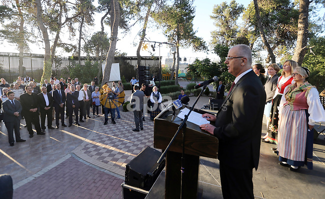 Palestinian Prime Minister Rami Hamdallah Participates in the ceremony of the National Holidays of Northern Europe, in the West Bank city of Ramallah on June 20, 2018. Photo by Prime Minister Office