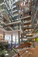 Genzyme Headquarters, Cambridge, MA (Behnish, Behnisch & Partners = architect)