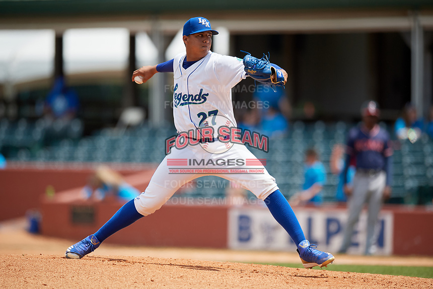 Lexington Legends starting pitcher Carlos Hernandez (27) delivers a pitch during a game against the Rome Braves on May 23, 2018 at Whitaker Bank Ballpark in Lexington, Kentucky.  Rome defeated Lexington 4-1.  (Mike Janes/Four Seam Images)