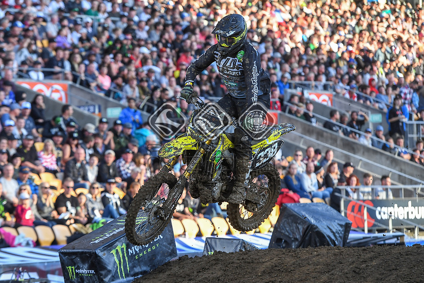 SX2 action<br /> 2018 SX Open - Auckland / SX 2<br /> FIM Oceania Supercross Championships<br /> Mt Smart Stadium / Auckland NZ<br /> Saturday Nov 24th 2018<br /> &copy; Sport the library/ Jeff Crow / AME