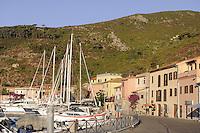 - Capraia island (Tuscan Archipelago), the Port village<br /> <br /> - isola di Capraia (Arcipelago Toscano), il villaggio del porto
