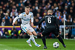 Toni Kroos (L) of Real Madrid tackles Marco Verratti of Paris Saint Germain during the UEFA Champions League 2017-18 Round of 16 (1st leg) match between Real Madrid vs Paris Saint Germain at Estadio Santiago Bernabeu on February 14 2018 in Madrid, Spain. Photo by Diego Souto / Power Sport Images