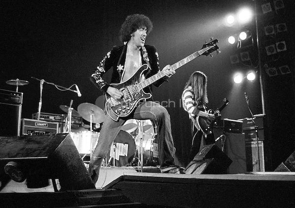 Thin Lizzy Rainbow Theatre, London 11 November 1974. Credit: Ian Dickson/MediaPunch