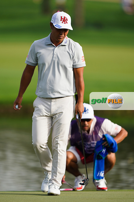 Hideto Tanihara (JPN) in action during the second round of the Omega Dubai Desert Classic, Emirates Golf Club, Dubai, UAE. 25/01/2019<br /> Picture: Golffile | Phil Inglis<br /> <br /> <br /> All photo usage must carry mandatory copyright credit (&copy; Golffile | Phil Inglis)
