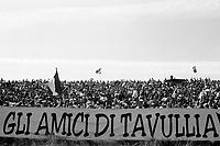 Valentino Rossi. i fans di tavullia sul circuito di Brno.1997.