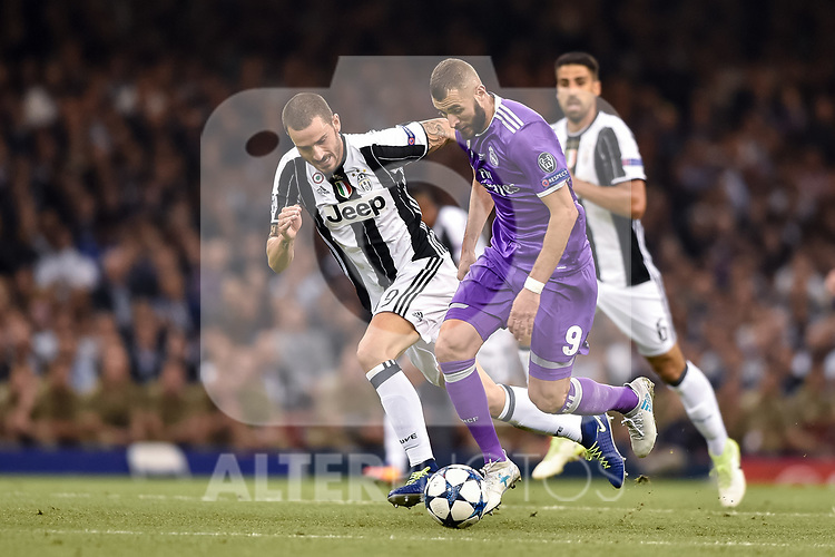 Karim Benzema of Real Madrid and Leonardo Bonucci of Juventus during the UEFA Champions League Final match between Real Madrid and Juventus at the National Stadium of Wales, Cardiff, Wales on 3 June 2017. Photo by Giuseppe Maffia.<br /> <br /> Giuseppe Maffia/UK Sports Pics Ltd/Alterphotos