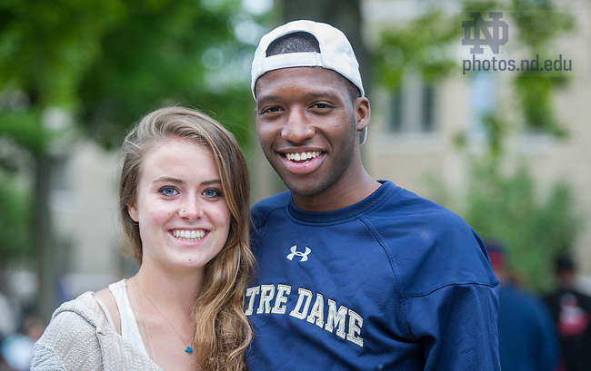 Aug. 25, 2013; Cassi Hayes and Eric Ways enjoy the Opening Picnic on North Quad. (Photo by Barbara Johnston/University of Notre Dame)