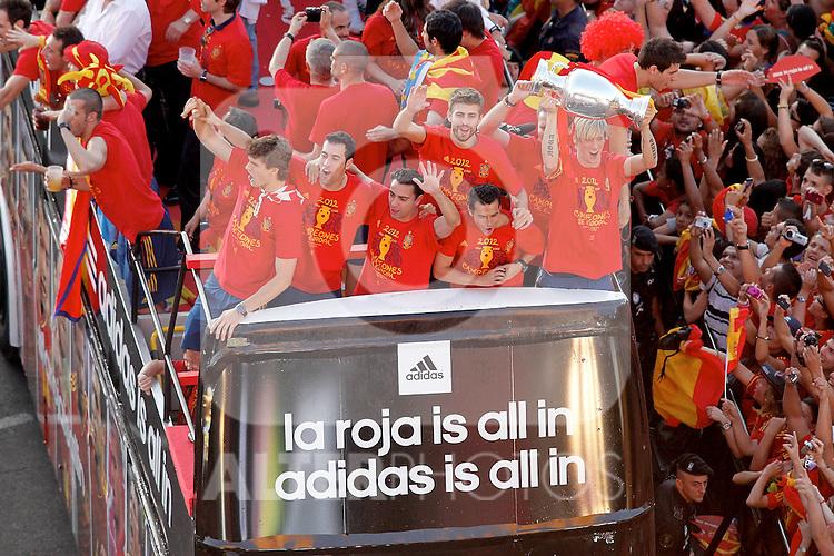 (L-R) Spanish's Fernando Llorente, Cesc Fabregas, Xabi Hernandez, Gerard Pique, Pedro Rodriguez and Fernando Torres  celebrates with supporters the Eurocope at Cibeles's square.Jule, 2,2012.(ALTERPHOTOS/Alconada)
