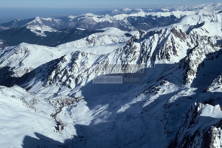 Europe/France/Midi-Pyrénées/65/Hautes-Pyrénées/La Mongie/Col de Tourmalet: Vue aérienne