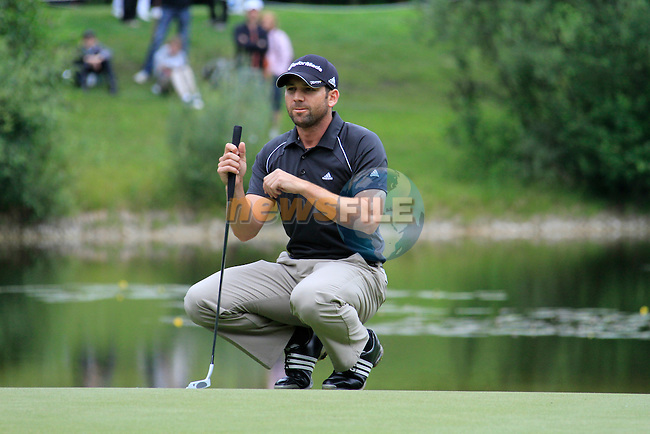 Sergio Garcia (ESP) lines up his putt on the 16th green during of Day 3 of the BMW International Open at Golf Club Munchen Eichenried, Germany, 25th June 2011 (Photo Eoin Clarke/www.golffile.ie)