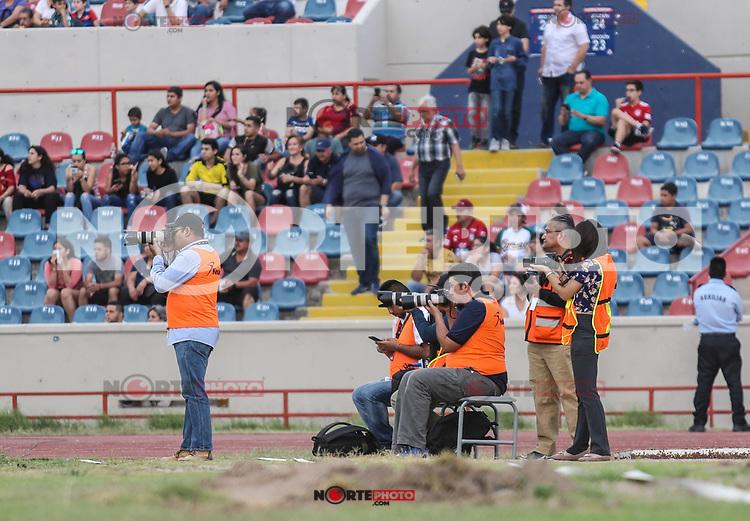 El astro de futbol argentino, ahora DT, Diego Armando Maradona dirigió el partido de hoy en estadio Heroe de Nacozari con su equipo Dorados de Sinaloa Vs Cimarrones, durante el juego de vuelta de los cuartos de final del Ascenso MX. 21 Abril 2019<br /> <br /> (Photo:LuisGutierrez/NortePhoto)