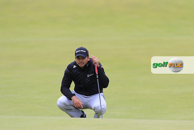 Jason DAY (AUS) lines up his putt on the 18th green during Sunday's Round 3 of the 144th Open Championship, St Andrews Old Course, St Andrews, Fife, Scotland. 19/07/2015.<br /> Picture Eoin Clarke, www.golffile.ie